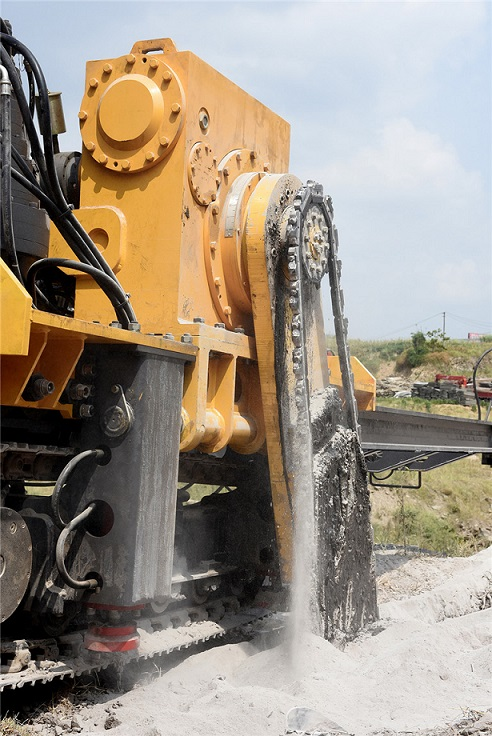 礦石開采鏈臂鋸全套減速機